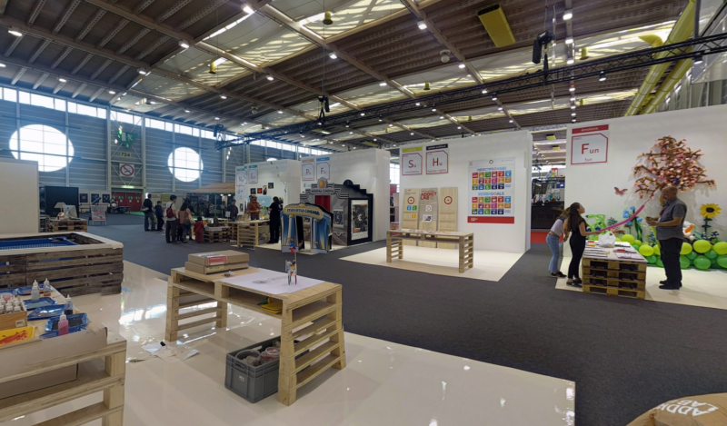 Panoramic picture of Addictlab Academy's booth at Expo Juniors 2017 in Palexpo, Geneva Switzerland.